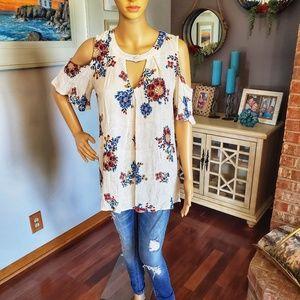 Blu Pepper cold-shoulder floral blouse